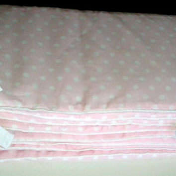 Pink dots crib bed bumper, cotton, machine wash, fits all bed sizes, baby bumper