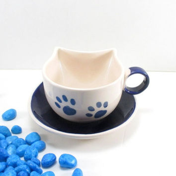 Cat cup and saucer, ceramic cup and saucer, cat ceramic cup, cat ceramic cup and saucer, clay cat cup, handmade cat cup, pottery cat cup