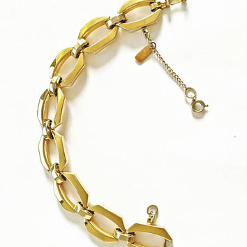 Vintage Signed 6 1/2 Inch Monet, Modernist Gold Toned Link Bracelet with Safety Chain - Perfect for the Smaller Wrist