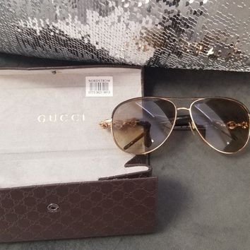 Women's gucci sunglasses Brown & gold frame, aviator style frame