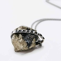 Jill Urwin Pyrite Pyramid Necklace in Silver - Urban Outfitters