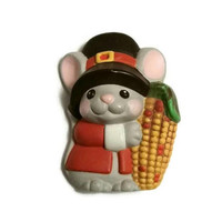 Vintage MOUSE PILGRIM Lapel Pin Hallmark Brooch, Thanksgiving Jewelry 80s Happy Pins Broach Mouse Jewellery Corn on Cob Kids Adults Bff Gift