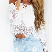 2016 Summer S-XL Boho Lace sexy Off Shoulder T-Shirt Women Halter Top Cropped Femme Black White Chiffon Tops tshirt  W1