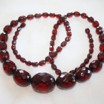 Vintage Bakelite Necklace, Cherry Amber Bead, Art Deco Necklace, 1930s Boho Jewelry