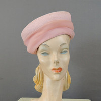 1960s Pink Straw Hat with Chiffon, Lilly Dache, Nan Duskin Shop, Vintage Hat, 21 inch head