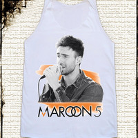 Size M -- MAROON 5 Adam Levine Shirts Pop Rock Shirts Alternative Rock Women Shirts Vest Tank Top Tunics Sleeveless Singlet White Shirts