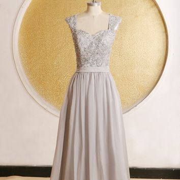 2017 Elegant Grey Bridesmaid Dresses Tea Length Cap Sleeves Appliques Chiffon Long Women Dress For Wedding vestido de noiva