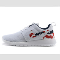 NIKE Roshe run fashion leisure network sports shoes White