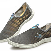 Men Summer Style Casual Mesh Breathable Shoes