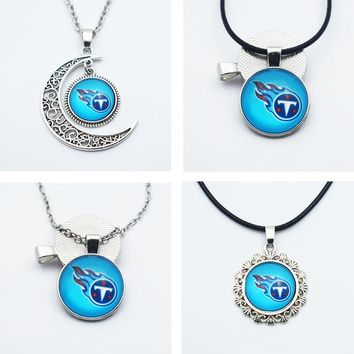 10PCS Football Tennessee Titans New Style Sports Team Jewelry Pendant Necklace 25mm Time Gems Glass Charm Fashion Necklace