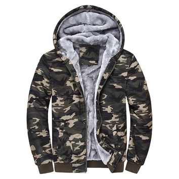 2016 wool warm winter coats men's hoodies and sweatshirts Camouflage jackets sportswear Plus velvet tracksuits for men M-4XL