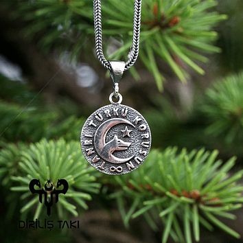 Wolf crescent star turkish writing silver pendant