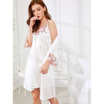 Floral Embroidered Cami Dress With Robe WHITE