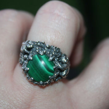 SALE..Vintage Big  Sterling Silver flowers , frog   with  Malachite  stone, garden   Ring Twig Diorama  Stunning in size 8