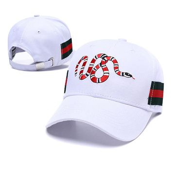 GUCCI Fashion Women Men Snake Embroidery Sports Sun Hat Baseball Cap Hat White