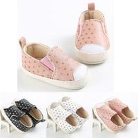 First Walkers Baby Soft Sole Leather Shoes Newborn Girl Boy Toddler Polka Dot Crib Wal