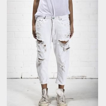 One Teaspoon Frost White Eagles Distressed Jeans