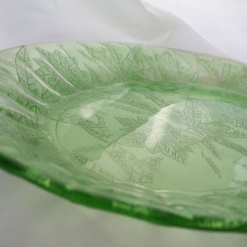 Vintage Green Depression Glass Serving Tray Dessert Tray Snack Tray Tableware Vintage Glass