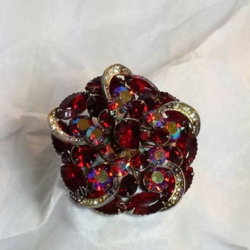 Brooch red Rhinestone  Pin Red Jewelry  Pins   Bouquet Fashion  New Hot