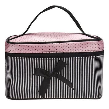 VONFC9 2016 Hot Portable Cosmetic Bag Mutifunction Bra Underwear Bags Women Makeup Organizer Storage Case Travel Toiletry Bags #1128