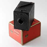 Vintage 1930s Coronet Every Distance Box Camera Boxed and Fully Working 120 Roll Film Camera