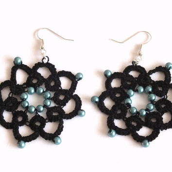 Black Flower Tatted Earrings with Teal Pearls, 8 Petals Flower Tatted Lace Earrings, Black Flower Tatting Earrings, Black Blue Lace Earrings