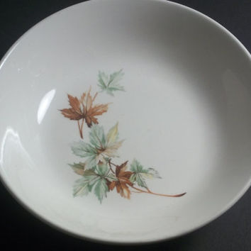 Salem Maple Leaf Bowl,Household,Vintage bowl,Collectible Vintage,Home decor, Castawayacres