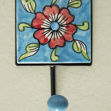 "3"" x 3"" Ceramic Tile Hook"