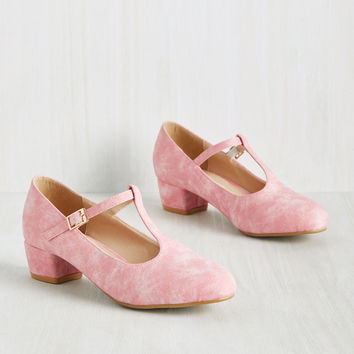 On the Edge of Your Sweet Heel in Bubblegum | Mod Retro Vintage Heels | ModCloth.com