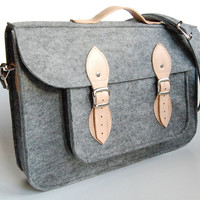 Felt Laptop 15 inch bag with pocket, satchel, sleeve, Macbook Pro, Laptop bag, case with leather straps and belt shoulder
