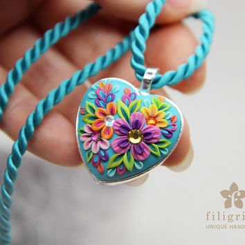 Sale! Summer FLORAL HEART pendant, flowers in silver tone metal bezel, 30 mm, polymer clay filigree applique technique. Gift for her