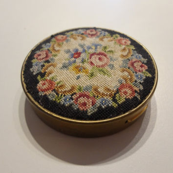 Antique Women's Compact // 1940's // PetitPoint By Schildkraut