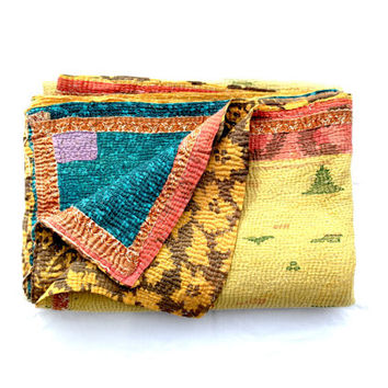 kantha quilt, vintage kantha quilt, indian quilt, kantha throw, coverlet