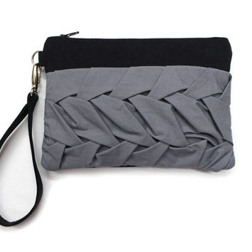 Black Wristlet Purse, Pleated Clutch Bag, Smocked Bag,Black Gray Clutch,Wrist Strap Purse,Bridesmaids Clutch,Black Clutch Bag,Pleated Pouch