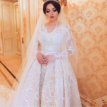 Fashionable v neck lace appliques crystal pattern sashes long sleeves a line wedding dresses robe de mariage bridal gown 2017