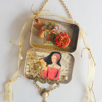 Elizabeth I Altered Art Shrine, Altered Candy Tin for Wall Hanging, Decorative Art