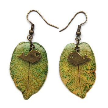 Bougainvillea earrings, Pressed Petal jewelry, green dangle earrings, antique brass whale earrings, real flower jewelry, Eco-friendly.