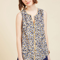 Podcast Co-Host Sleeveless Top in Daisies | Mod Retro Vintage Short Sleeve Shirts | ModCloth.com