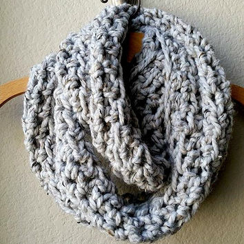 Crocheted Wool Scarf, Oversized Crocheted Infinity Scarf, Wool Crochet Scarf, Grey Scarf, Super Chunky Scarf, Chunky Crochet Wool Scarf