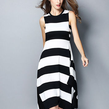 Black and White Striped Sleeveless Loose Fitting Dress