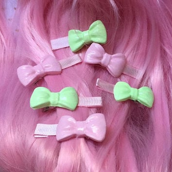Kawaii Barrettes - Pink & Green Bows
