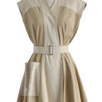 Fave of Patch Belted Dress in Beige