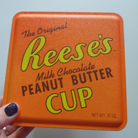 Vintage Reese's Peanut Butter Cup Tin 1992