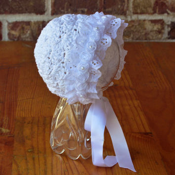 White Baby Bonnet  ribbon and lace Bonnet Crochet Bonnet baby girl Bonnet Photography Prop,Newborn 0 3 6 12 months