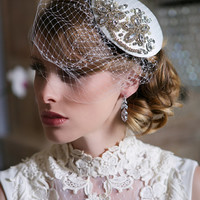 Crystal Bridal Head piece, Ivory and Crystal Bridal Fascinator, Birdcage Veil, Art Deco, Gatsby Wedding headpiece, STYLE 121