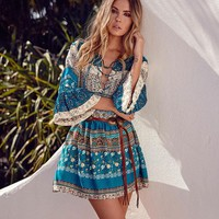 Boho 2017 summer Half Flare Sleeve dresses floral print V-neck mini casual dress women Bohemian hippie chic vestidos clothing