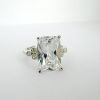 Vintage Jewelry Silver Tone Emerald Cut Glass or CZ Ring Size 9