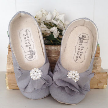 Baby Girl Shoes Toddler Girl Shoes Soft Sole Shoes Wedding Shoes Flower Girl Shoes Infant Shoes Grey Shoes Spring Shoes Summer Shoes Estella