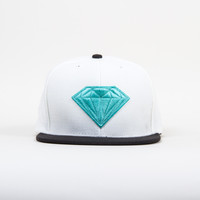 Emblem Snapback in White/Diamond Blue/Black