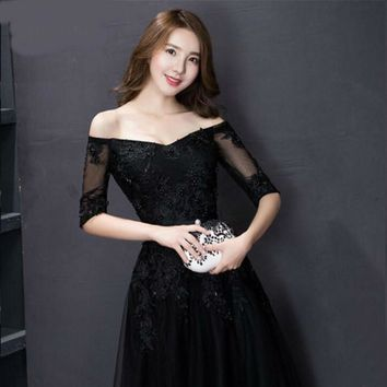 Elegant Black Appliques A-Line Long Lace Prom Dresses Evening Party Gowns Customer Made